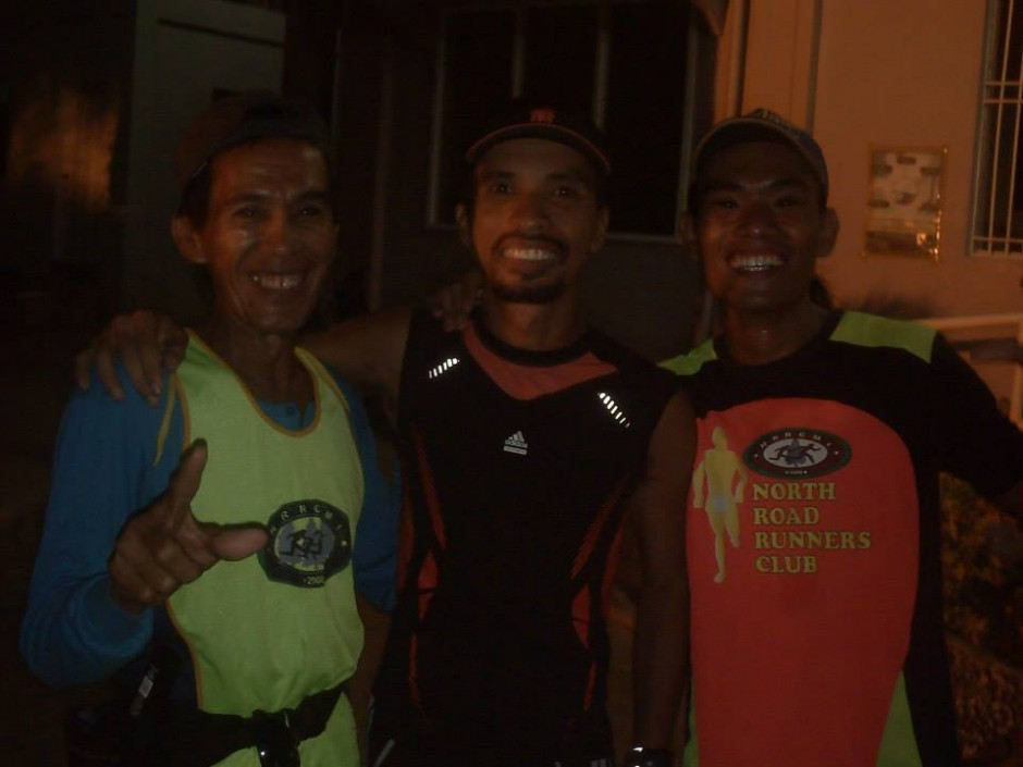 Joel Cuyos with his North Road Runners Club supporters Photo from Edmond Aragon